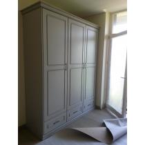Wardrobe 3-door CLASSICS