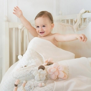 Bedding sets for baby cots